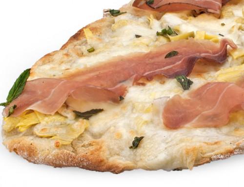 Pizza carciofini, rucola e speck